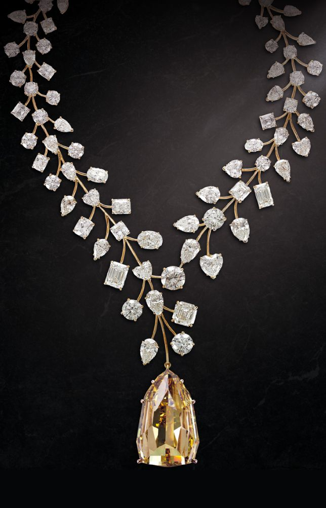 Mouawad's record-breaking L'Incomparable diamond necklace; a 407.48 cara...