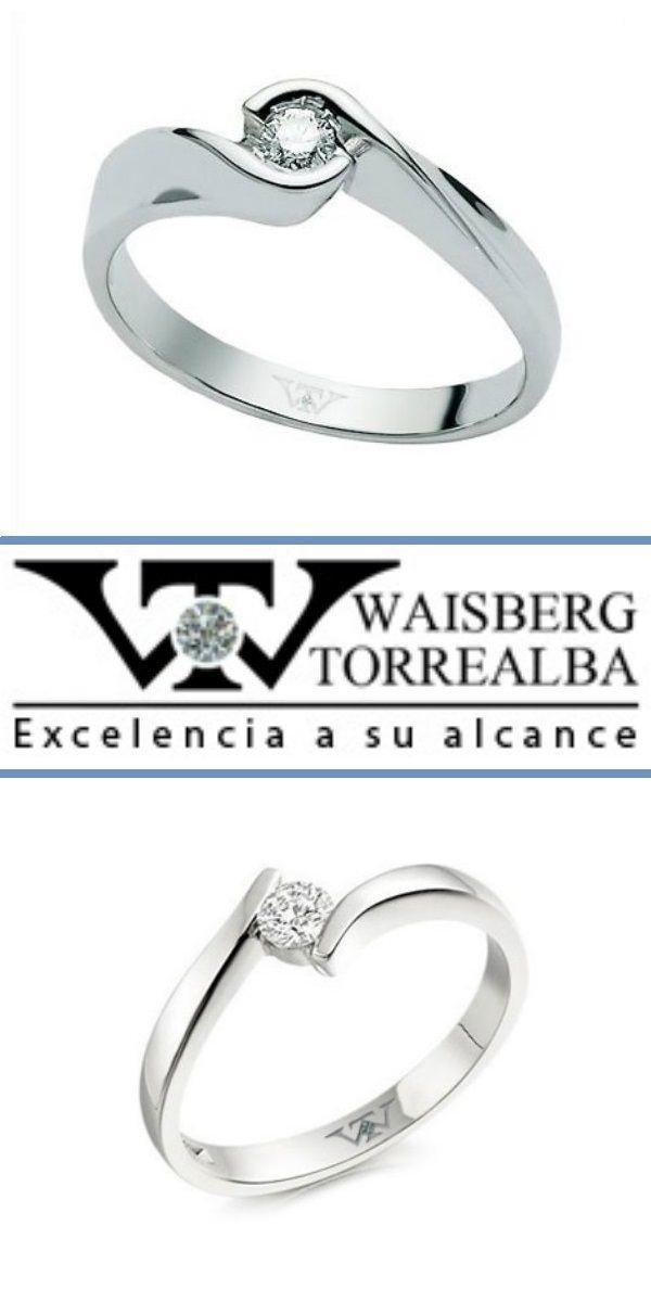 Anillos de compromiso con un diseño similar, de oro blanco con un diamante. Cual te da la inspiración para pedirle matrimonio?