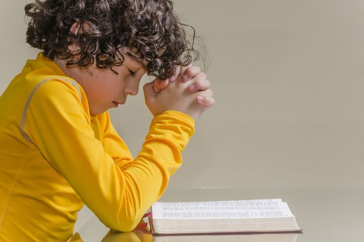 Raising Children Without Religion May Be A Better Alternative, Suggests New Research