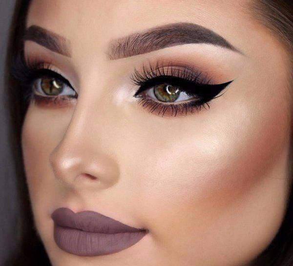 мейкап для зеленых глаз, макияж, идеальный макияж, красивый макияж, губы, матовая помада, стрелки
