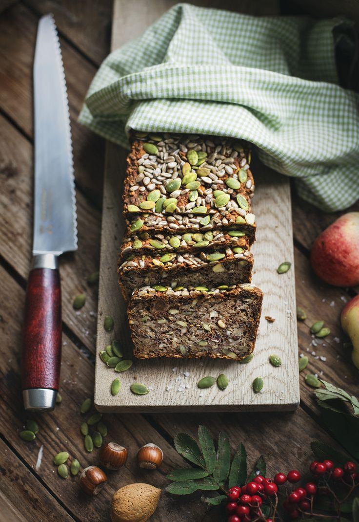 Gluten free bread with nuts, seeds and apple / Nöt- & fröbröd med yoghurt och äpple - Evelinas Ekologiska