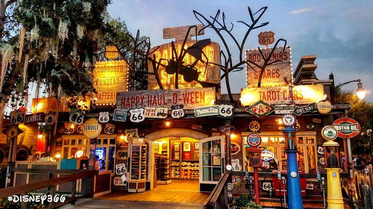 "31 Likes, 3 Comments - Jeff Reitz (@disney366_) on Instagram: ""Day 2070: #HalloweenTime #Decorations going up. #Disney366 @@Disneyland -  LOCATION:…"""