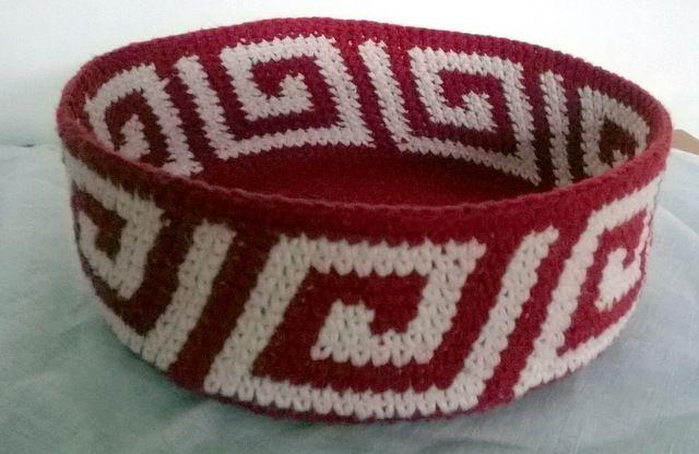 Crochet basket, by AM