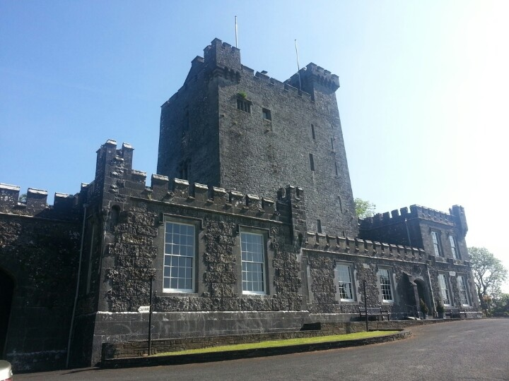 Knappougue castle
