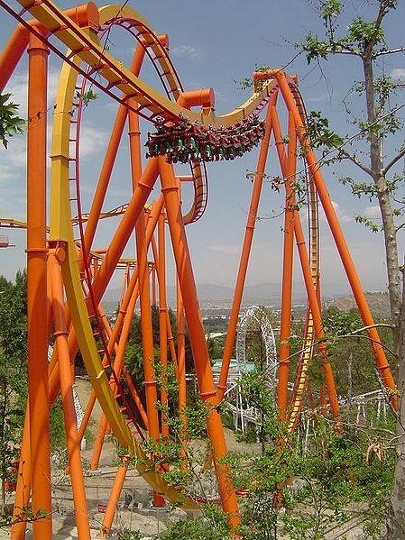 My favourite rollercoaster ride ever, Tatsu @ Six Flags Magic Mountain in California!
