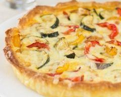 Quiche aux poivrons, tomates et mozzarella (facile, rapide) - Une recette CuisineAZ