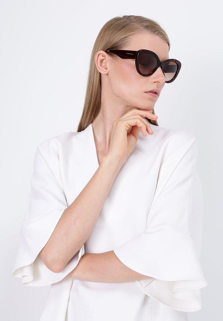 ¡Consigue este tipo de gafas de sol de Burberry ahora! Haz clic para ver los detalles. Envíos gratis a toda España. Burberry Gafas de sol bordeaux: Burberry Gafas de sol bordeaux Premium   | Premium ¡Haz tu pedido   y disfruta de gastos de enví-o gratuitos! (gafas de sol, gafa de sol, sun, sunglasses, sonnenbrille, lentes de sol, lunettes de soleil, occhiali da sole, sol)