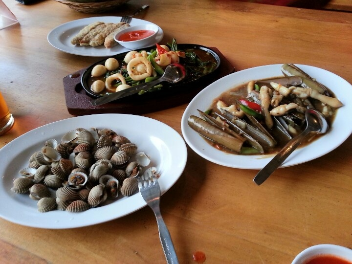 Kerang dara, kerang bambu, kangkung hot plate i love it...