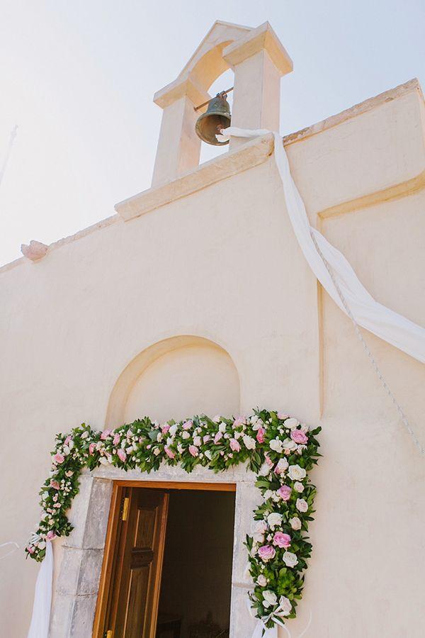 Chic vintage γαμος στην Ελουντα | Σοφια & Χρηστος  See more on Love4Weddings  http://www.love4weddings.gr/chic-vintage-gamos-stin-elounta/  Photography by HannaMonika Wedding Photography   http://hannamonika.com/