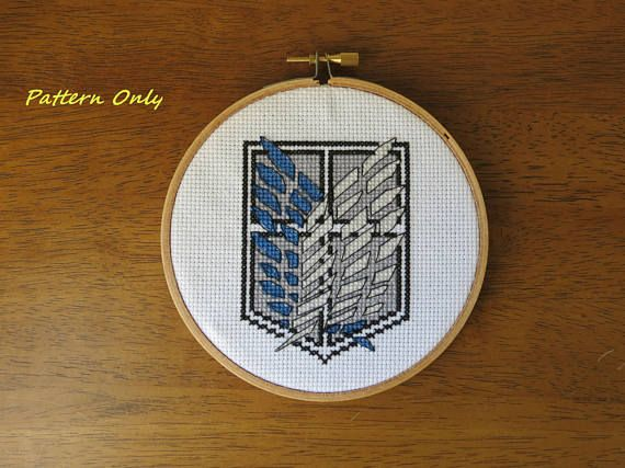 Cross stitch pattern for the Scout Regiment insignia from Attack on Titan