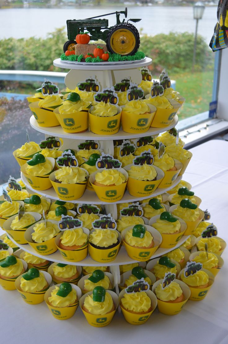 John Deere Cupcake Display My Cakes Pinterest John