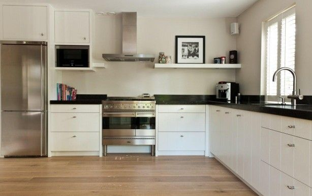 Open keuken in een stijl combinatie modern en landelijk