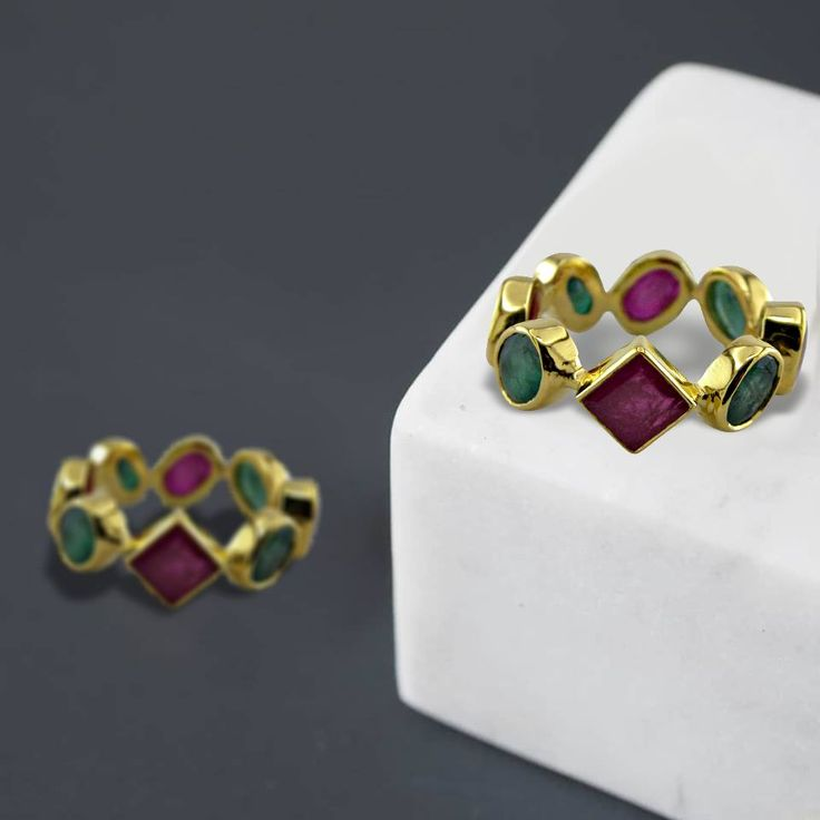 Add a freshy touch to your jewelry collection with our #Jaipur handmade Designer Rings by Anshu Raja Jain.  #handmaderings #Rings #jaipurDesignerjewelry