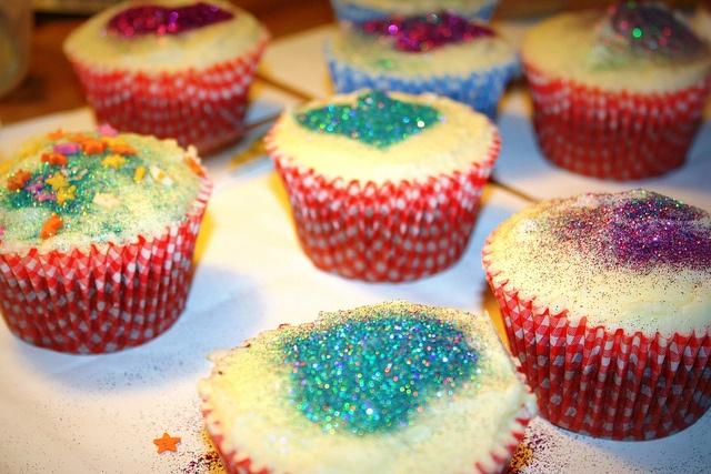 「グリッターカップケーキ」の画像検索結果