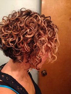 Curly stacked bob … | Pinteres…