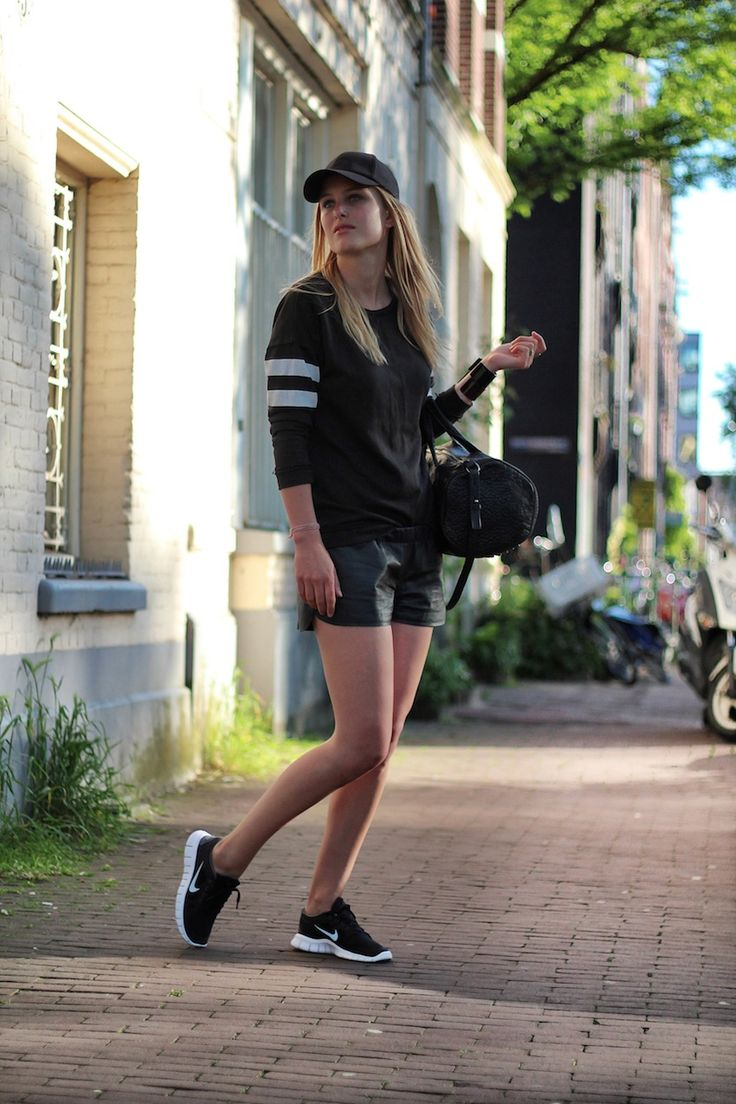 Wearing: ZARA sweater, Vintage leather shorts, H & M cap, Alexander Wang. Nike Shoes OnlineNike Shoes CheapRunning