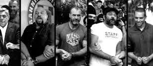Totem News: Η Δίκη της Χρυσής Αυγής... Ξεκίνημα με ρήγμα των δικαστών !