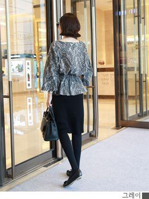 korean fashion online store [COCOBLACK] Jyagadeu play BL / Size : FREE / Price : 64.28 USD #korea #fashion #style #fashionshop #cocoblack #missyfashion #missy #top #blouse