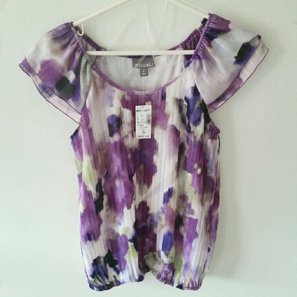 Purple floral blouse Very cute and perfect for spring Dress Barn Tops Blouses