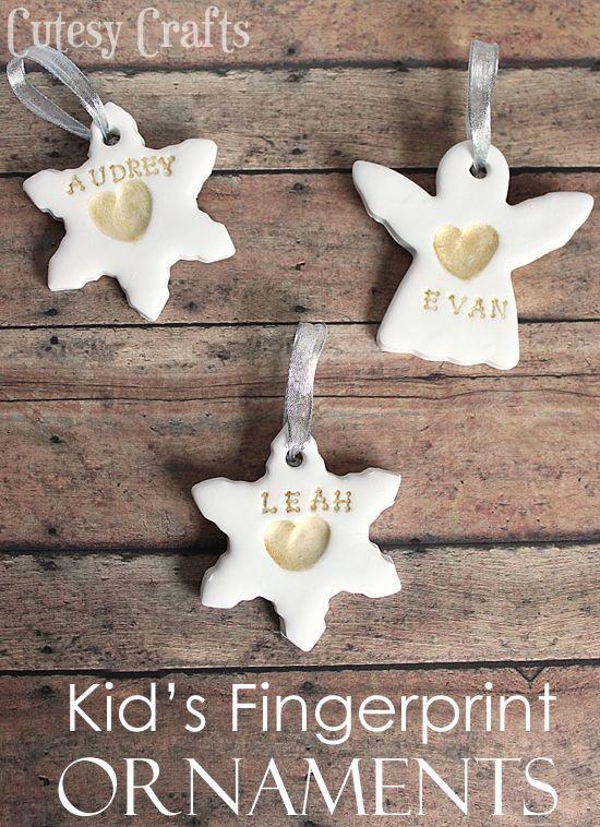 Kid's fingerprint ornament-25+ ornaments for kids to http://make-NoBiggie.net