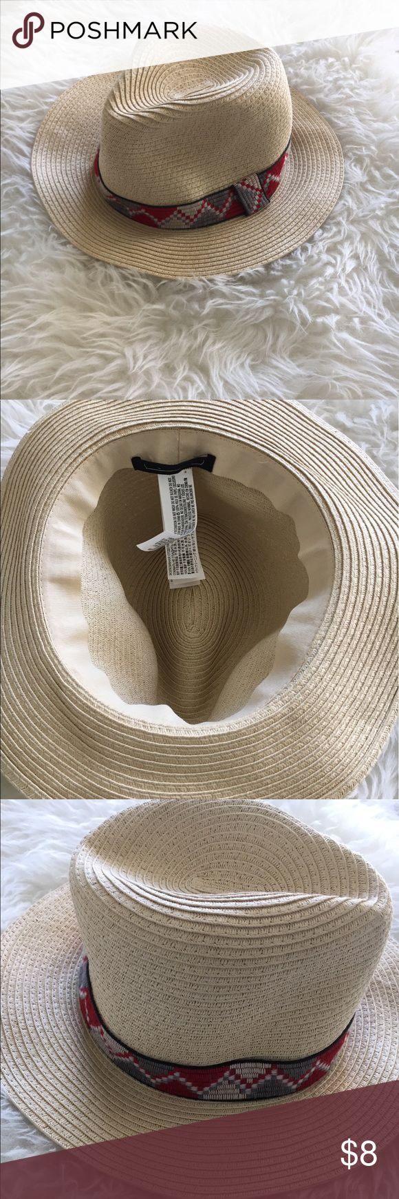 """NWOT Forever 21 Straw Fedora Super cute hat! Perfect for spring/ summer. Diameter is about 8"""" as the hat is flexible so can mold. Could be women's m/l or a men's small. Has a light makeup stain at top from try on (see photo). Forever 21 Accessories Hats"""