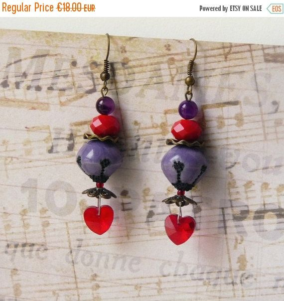 Valentine earrings https://www.etsy.com/fr/listing/480708014/boucles-doreilles-perles-coeur-boheme
