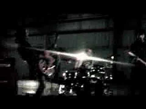 """Vidéoclip """"LOIN"""" de Kaïn"""