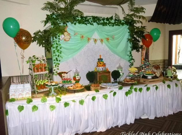 Jungle animal safari lolly and dessert buffet set up we created for a 1st birthday party! Www.tickledpinkcelebrations.com.au