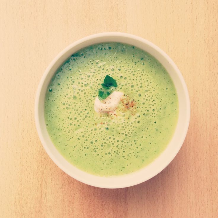 Soupe froide courgette-menthe ! >>soupecourgette.