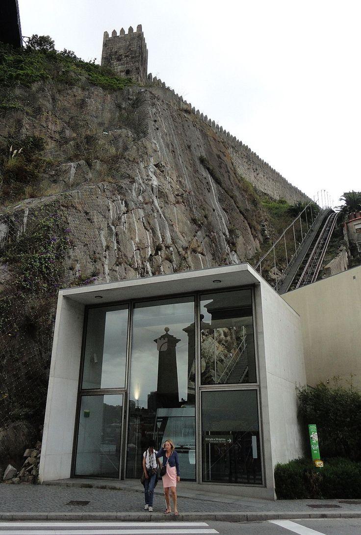 Adalberto Dias (arquitecto) Funicular dos Guindais Porto, Portugal