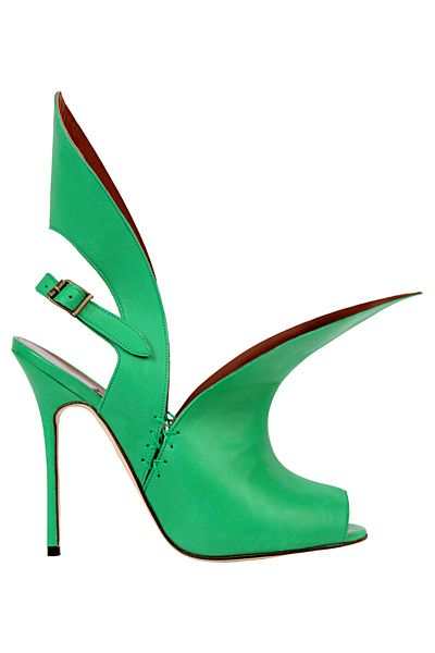Manolo Blahnik  Green Pebbles A Passion for Luxury Fashion and Watches: EMERALD GREEN PANTONE COLOUR OF THE YEAR - OUR SHOES SELECTION  http://www.greenpebblesblog.com/2013/01/emerald-green-pantone-colour-of-year_637.html#