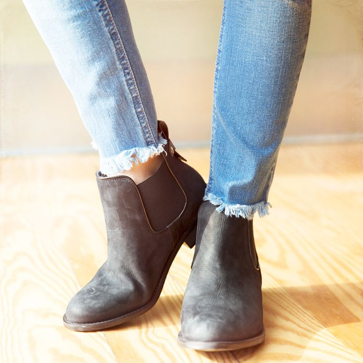 Kick it in Steve Madden Boots #HCoStyle