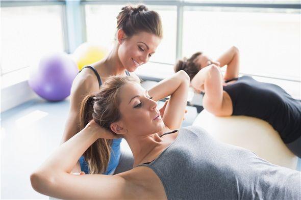 Egzersiz sırasında salınan endorfin hormonu mutluluk verir.