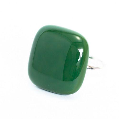 Sötétzöld gyűrű