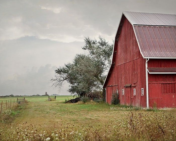 BOGO HOLIDAY SALE - Old Red Barn Photography - landscape photo -  Oregon farm - country home decor - 8x10. $30.00, via Etsy.