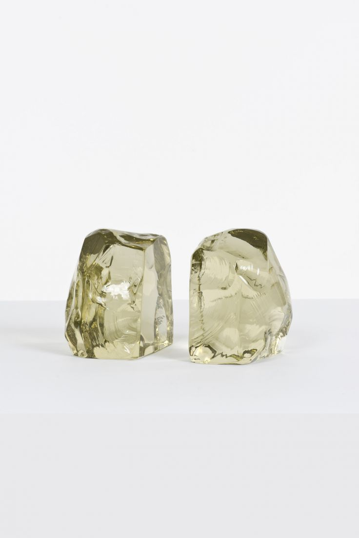 Max Ingrand; Crystal Bookends for Fontana Arte, 1950s.
