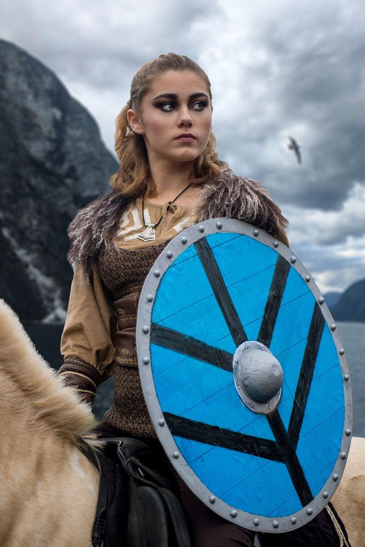 москва фотосессия в стиле викингов первый самостоятельный фильм