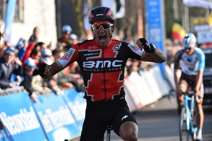 Amstel Gold Race — Greg Van Avermaet poursuit sa tournée - Vainqueur de Paris-Roubaix dimanche dernier, Greg Van Avermaet prolonge sa campagne de classiques d'une semaine pour disputer l'Amstel Gold Race. + Aller plus loin : •La fiche de Greg Van Avermaet - (Tous droits réservés 2000-2017 © Vélo 101, le site officiel du Vélo ®)