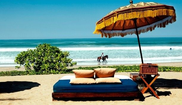 I just love day beds and the ocean. The Oberoi, Bali, #Bali #Indonesia #iGottaTravel
