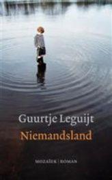 Niemandsland http://www.bruna.nl/boeken/niemandsland-9789023917601