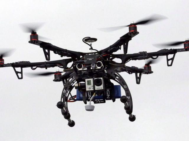 'Nightmare scenario' prompts Marc Garneau to target recreational drones
