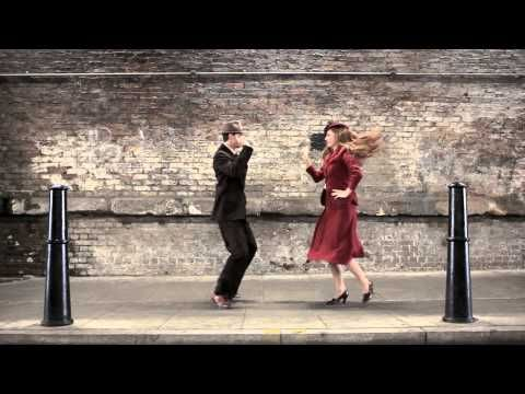 100 years of fashion in 100 seconds - kinda awesome