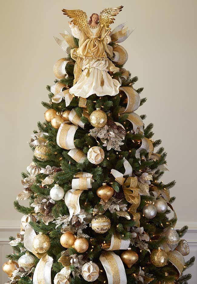 Arvore De Natal Decorada Com Anjo Com Imagens Arvores De Natal