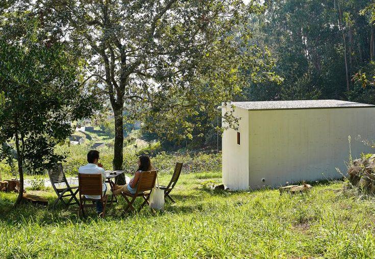 Refugio mínimo para disfrutar del campo y la naturaleza, en Vilaboa (Pontevedra).
