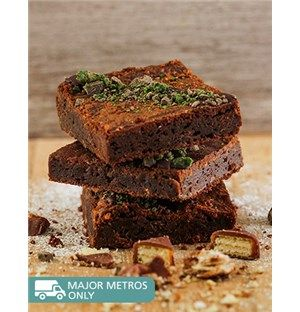 Confectionary Cakes and Cupcakes: Peppermint Twist Chocolate Brownies!