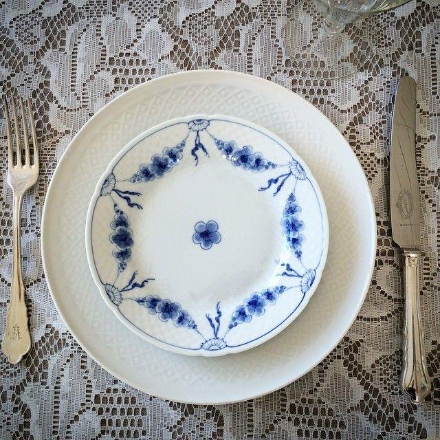 B&G lekker borddekking #blonde #musselmalet #fest #borddekking #vintage #table setting