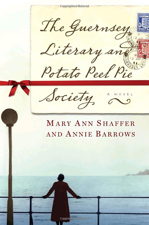 The Guernsey Literary and Potato Peel Pie Society : un coup de coeur, et une grande tristesse. L'auteur est morte, elle n'ecrira pas d'autre livre...