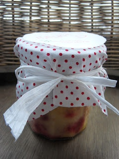 very berry Cake in a Jar