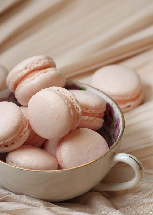 Macarons - ett måste på dessertbordet — Sisters in Law - Bröllopsblogg