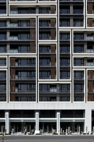 Facade pattern. Housing in Taipei by Chin Architects.